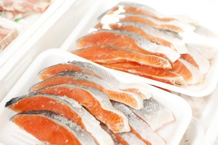 質の良い鮭を、手間ひまかけて加工しています